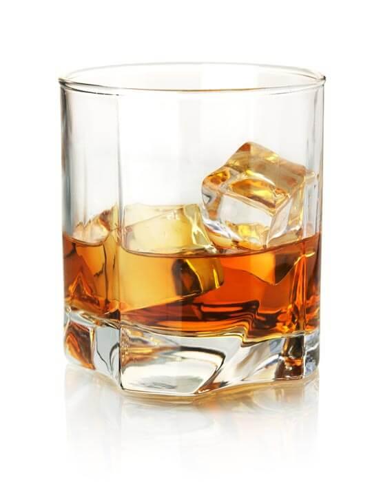 rodzaje-kieliszków-whisky